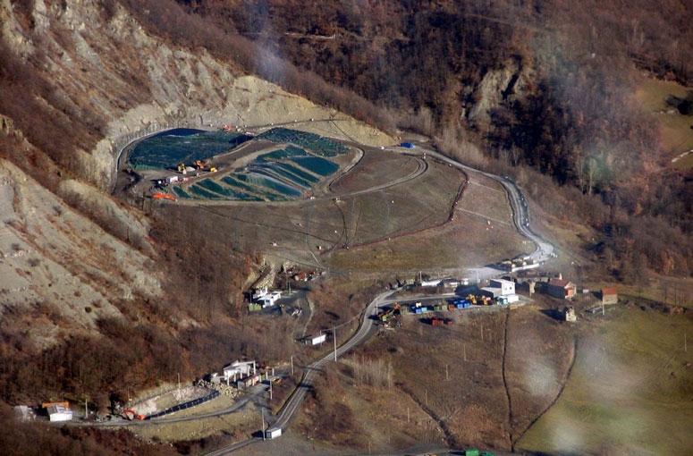 Progetto e DD.LL. della discarica per rifiuti urbani di Borgo Val di Taro (PR)